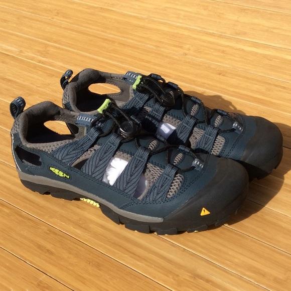 a8a79dc0353e Keen Women s Commuter IV Sandal Shoe Size 9 NEW